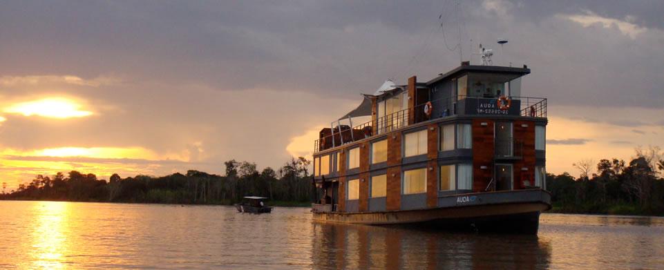 Luxury Peru Tour 6 Amazon Cruise Deluxe Peru Tour