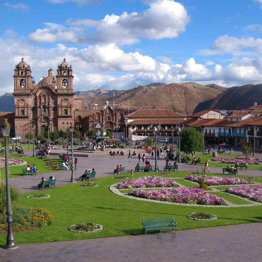 Cuzco Main Square - Christmas Short Escape